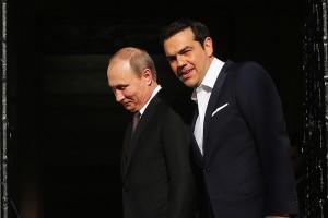 Ο πρωθυπουργός Αλέξης Τσίπρας (Δ) υποδέχεται τον Πρόεδρο της Ρωσίας Βλαντίμιρ Πούτιν (Α) κατά τη διάρκεια της συνάντησής τους,  την Παρασκευή 27 Μαΐου 2016, στο   Μέγαρο Μαξίμου . Ο Πρόεδρος της Ρωσικής Ομοσπονδίας, Βλαντίμιρ Πούτιν, πραγματοποιεί διήμερη επίσκεψη εργασίας στην Ελλάδα στο πλαίσιο του Αφιερωματικού Έτους Ελλάδας - Ρωσίας 2016  ΑΠΕ-ΜΠΕ/ΑΠΕ-ΜΠΕ/ΑΛΕΞΑΝΔΡΟΣ ΒΛΑΧΟΣ