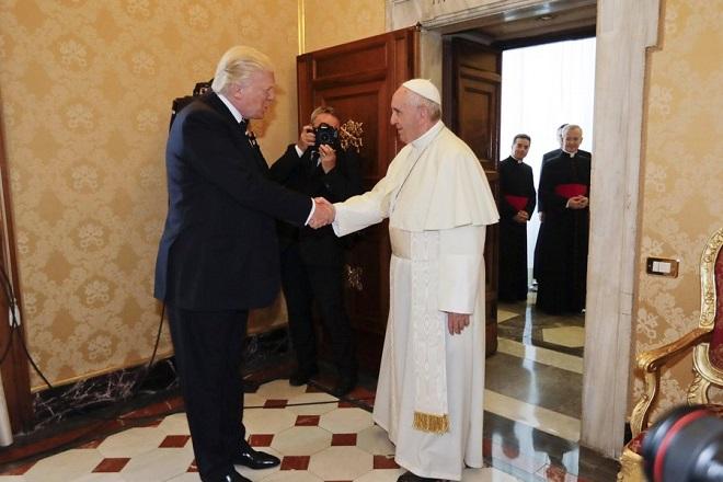 Ο Τραμπ στο Βατικανό