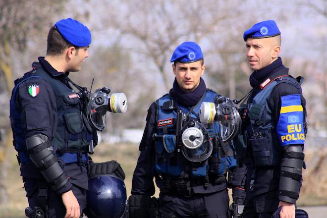Εντοπίστηκε δέμα με εκρηκτικό μηχανισμό σε οίκο αξιολόγησης στο Μιλάνο