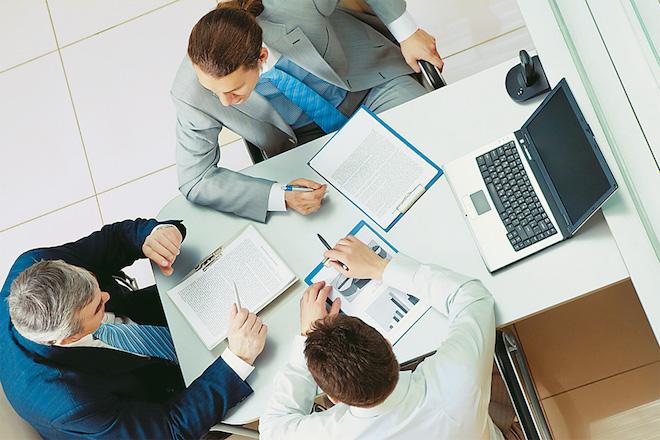 Με το «σταγονόμετρο» η χρηματοδότηση επιχειρήσεων και νοικοκυριών