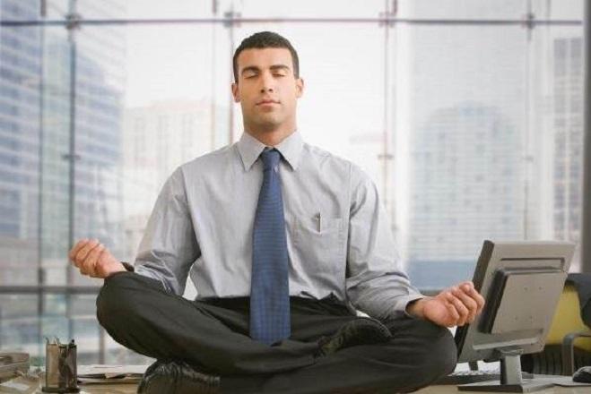 Πέντε τρόποι για να ελαττώνετε το στρες στη δουλειά