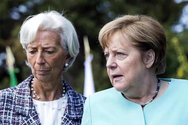 Το παρασκήνιο της Συνόδου Κορυφής: Η δραματική έκκληση Λαγκάρντ, το «όχι» της Μέρκελ και η προειδοποίηση Μητσοτάκη