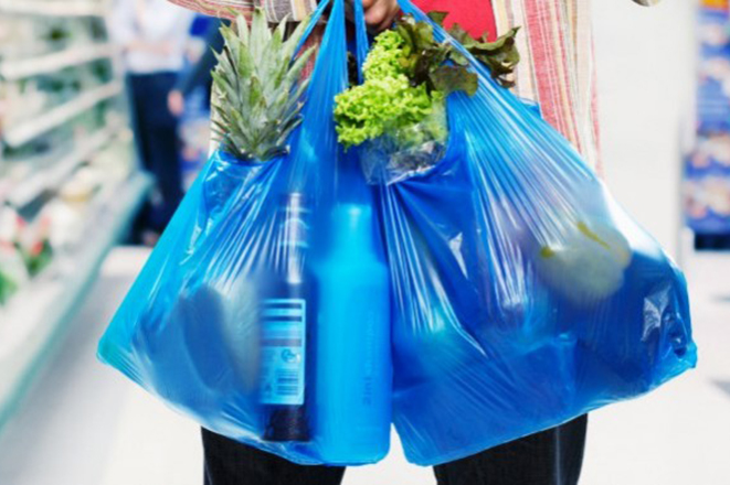 Οι 170 χώρες του ΟΗΕ συμφώνησαν για τη μείωση των πλαστικών προϊόντων μίας χρήσης ως το 2030