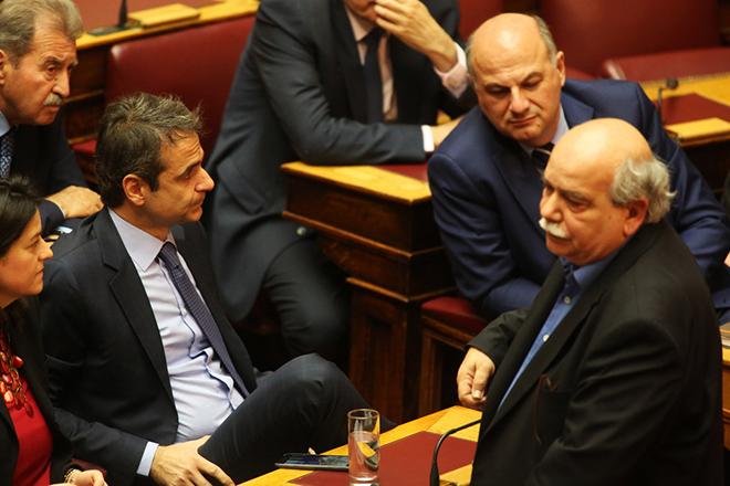 Με τροπολογίες έρχονται στη Βουλή τα τελευταία προαπαιτούμενα