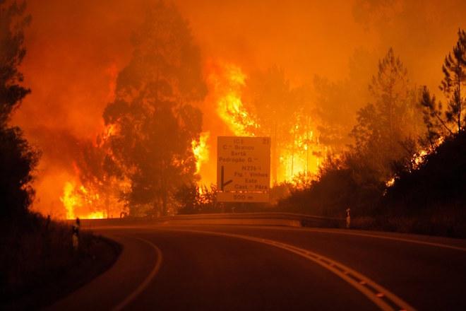 Τριήμερο εθνικό πένθος στην Πορτογαλία- Τουλάχιστον 62 τα θύματα της πυρκαγιάς