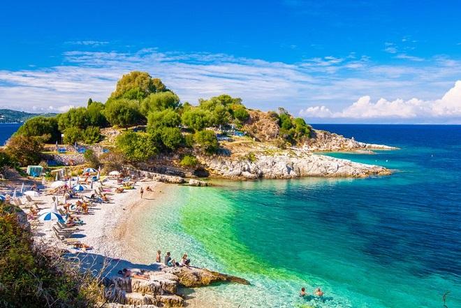 Οι οικονομικότεροι ευρωπαϊκοί προορισμοί για το καλοκαίρι και η θέση της Ελλάδας