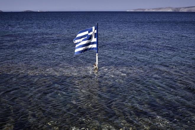 Έρευνα της ΠΑΚΟΕ: Ποιες παραλίες είναι κατάλληλες για κολύμπι