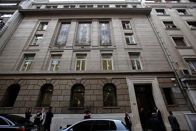 Εξωτερική άποψη του ανακαινισμένου ιστορικού κτιρίου του Εμπορικού και Βιομηχανικού Επιμελητηρίου Αθηνών (Αμερικής 8), κατά τα εγκαίνια της λειτουργίας του ως Κέντρο Ανάπτυξης Επιχειρηματικότητας, Αθήνα, τη Δευτέρα 29 Μαϊου 2017. ΑΠΕ-ΜΠΕ/ΑΠΕ-ΜΠΕ/ΣΥΜΕΛΑ ΠΑΝΤΖΑΡΤΖΗ