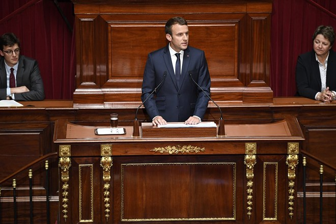 epa06063636 French President Emmanuel Macron speaks during a special congress gathering both houses of parliament (National Assembly and Senate) in the palace of Versailles, outside Paris, France, 03 July 2017. Lawmakers from the two houses are usually called together only in times of national crisis, but Macron has convened the session, which he plans to make an annual event, to lay out his vision and priorities two months after his election.  EPA/ERIC FEFERBERG / POOL