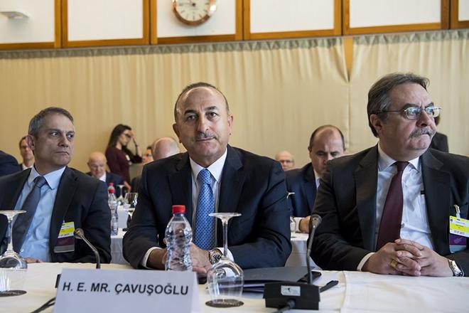 Ο Τσαβούσογλου θέλει να τινάξει στον αέρα τις διαπραγματεύσεις για το Κυπριακό