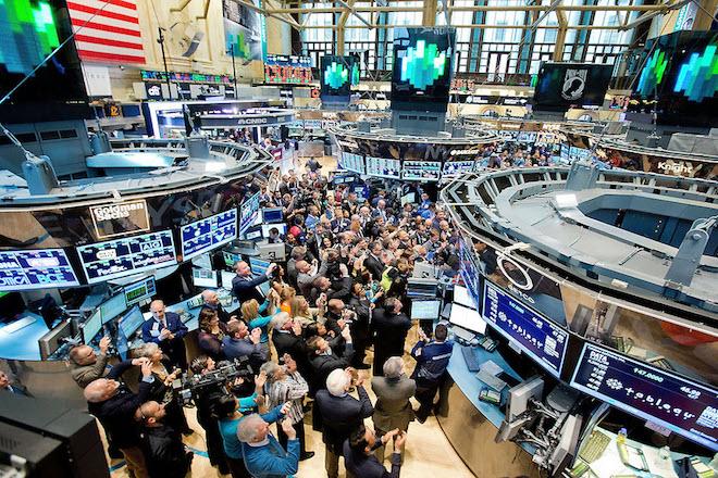 Σε ιστορικά υψηλά επίπεδα οι διεθνείς χρηματιστηριακές αγορές