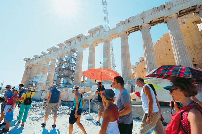 Αυξημένα κατά 37% τα έσοδα από τον τουρισμό στο πρώτο τρίμηνο του έτους