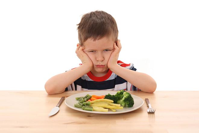 Τα λάθη στη διατροφή των παιδιών που πρέπει να αποφύγουν όλοι οι γονείς