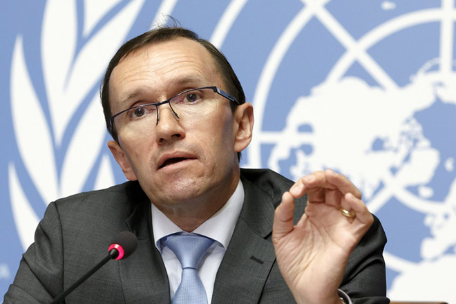 epa06052181 United Nations Special Advisor of the Secretary-General on Cyprus Espen Barth Eide addresses a press conference before the resumption of the Cyprus Peace Talks, at the European headquarters of the United Nations in Geneva, Switzerland, 27 June 2017. Key issues at the summit will be security, territorial dividing lines and the process for allowing displaced people to reclaim lost homes and property.  EPA/SALVATORE DI NOLFI