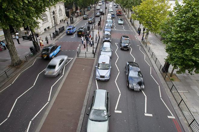 Η απαίτηση της Βρετανίας από τους κατασκευαστές «έξυπνων οχημάτων»