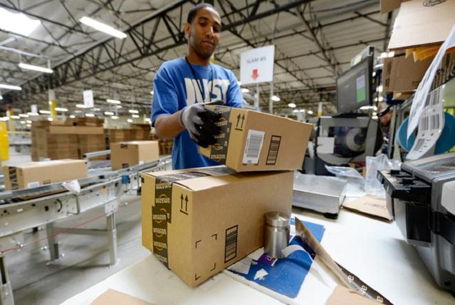 H Amazon ανακοίνωσε 50.000 νέες θέσεις εργασίας