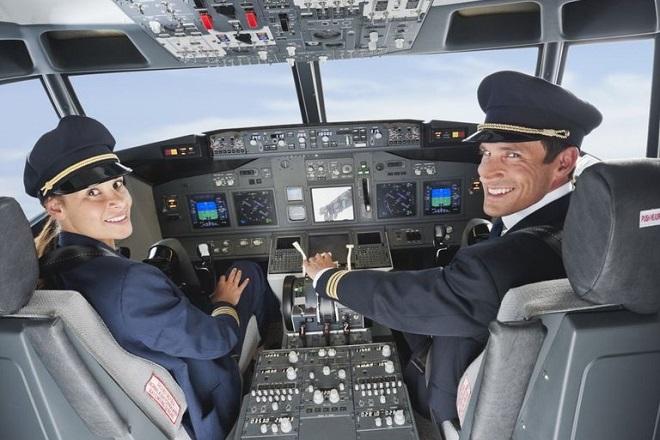 Η αεροπορική εταιρεία που δίνει στους πιλότους της 10.000 δολάρια το μήνα