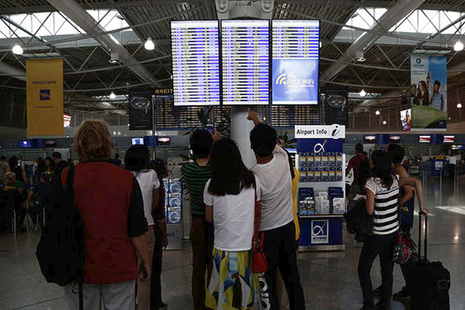 «Καλπάζουν» οι αφίξεις στα ελληνικά αεροδρόμια