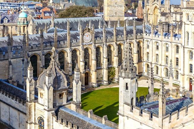 Ποιο θα είναι το μέλλον των Ευρωπαίων φοιτητών στα βρετανικά πανεπιστήμια;