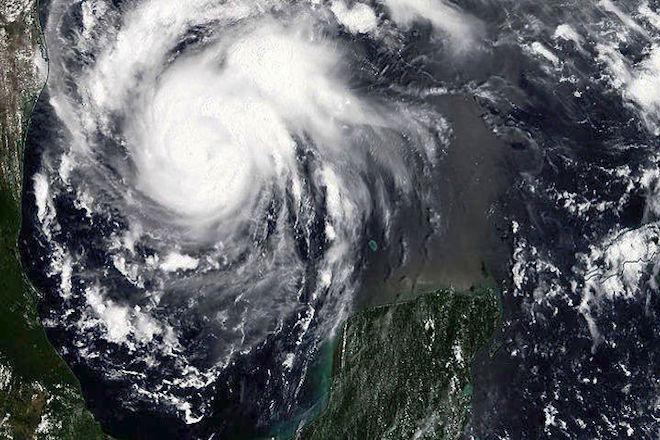 Σε κατάσταση έκτακτης ανάγκης Μπαχάμες και Φλόριντα λόγω του τυφώνα Ντόριαν