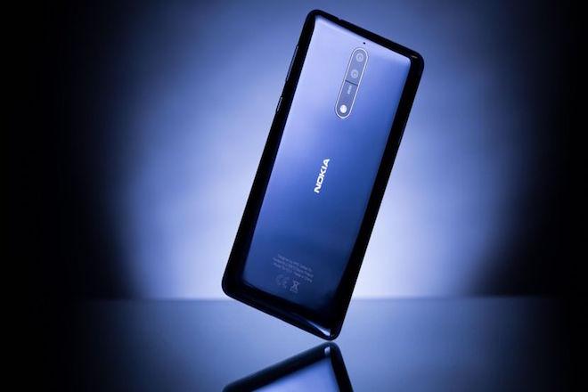 Η Nokia κοντράρει την Apple και τη Samsung με το νέο της smartphone