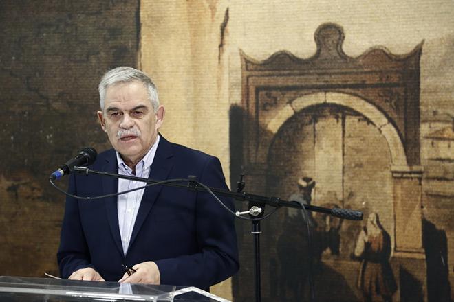 Ο υπουργός Προστασίας του Πολίτη Νίκος Τόσκας μιλάει στα εγκαίνια της επετειακής έκθεσης φωτογραφίας για την σφαγή του Διστόμου, στον  σταθμό μετρό του Συντάγματος, Αθήνα Πέμπτη 1 Ιουνίου 2017. Επετειακή Έκθεση Αρχειακού & Φωτογραφικού Υλικού με τίτλο ''10 ΙΟΥΝΙΟΥ :Τρεις Πόλεις Μια Ιστορία, Λίντιτσε - Δίστομο - Οραντούρ'' παρουσιάζεται από την Πέμπτη 1 Ιουνίου μεχρι και την Κυριακή 4 Ιουνίου στην αίθουσα πολλαπλών χρήσεων στο Σταθμό Μετρό «Σύνταγμα», και οργανώνεται από το Μουσείο Θυμάτων Ναζισμού (ΜΘΝ) Διστόμου,το «Αρχείο Ιωάννη Ε. Σταμούλη». και την Περιφέρεια Στερεάς Ελλάδας υπό την αιγίδα της Α.Ε. του Προέδρου της Δημοκρατίας Προκοπίου Παυλόπουλου. ΑΠΕ-ΜΠΕ/ΑΠΕ-ΜΠΕ/ΓΙΑΝΝΗΣ ΚΟΛΕΣΙΔΗΣ