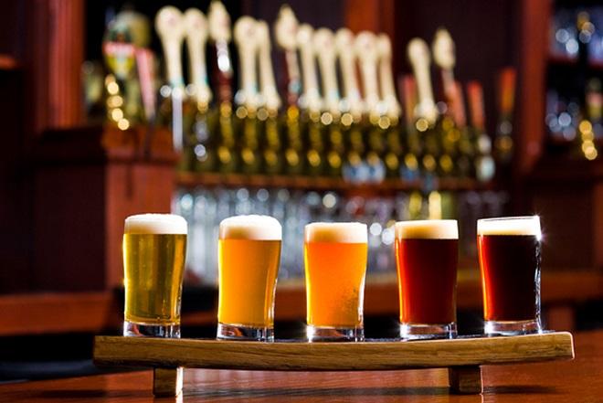 H μικροζυθοποιία από την Εύβοια που εξάγει φρέσκια μπύρα σε όλο τον κόσμο