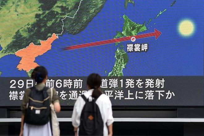 Ιαχές πολέμου μεταξύ ΗΠΑ και Βόρειας Κορέας στον Ειρηνικό