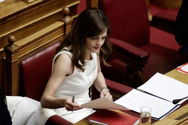 Τα «γκρίζα σημεία» που κρύβει το νομοσχέδιο του υπουργείου Εργασίας