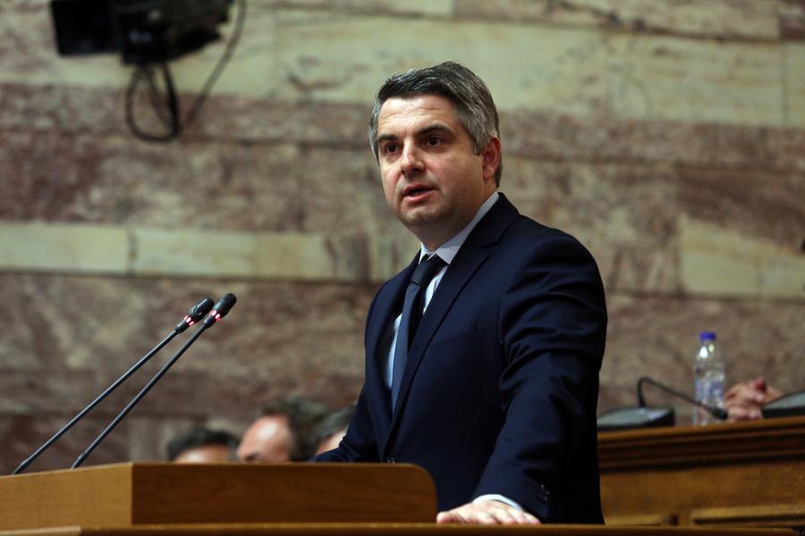 Υποψήφιος για την ηγεσία της Κεντροαριστεράς ο Οδυσσέας Κωνσταντινόπουλος