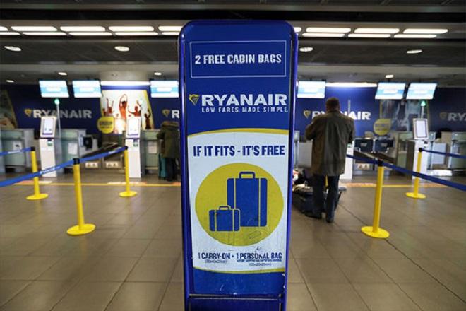 «Παρελθόν» οι δύο χειραποσκευές στην Ryanair