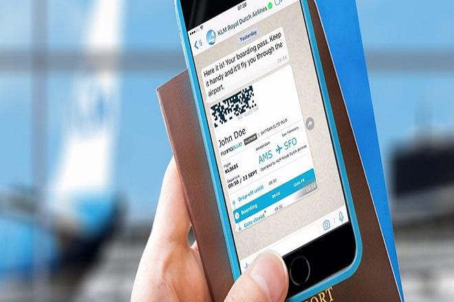 Επικοινωνία με την KLM μέσω… WhatsApp