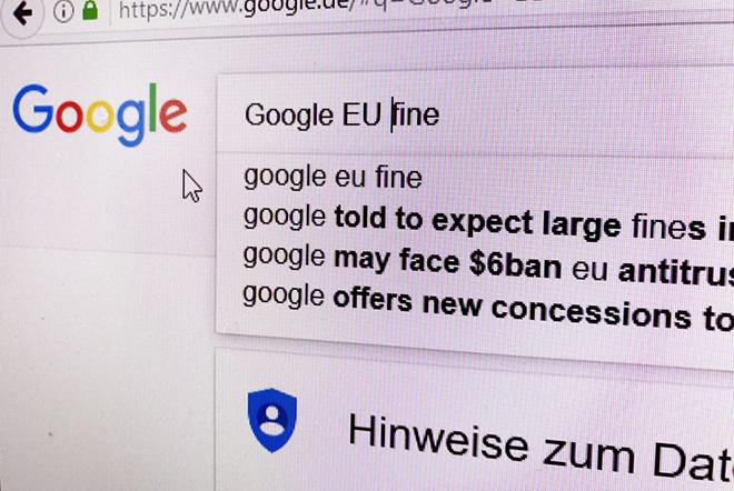 Στο Ευρωπαϊκό Δικαστήριο η Google για το πρόστιμο των 2,4 δισ.