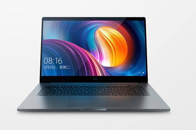 Η Xiaomi «βάζει δύσκολα» στο Macbook Pro με έναν νέο, φτηνότερο υπολογιστή