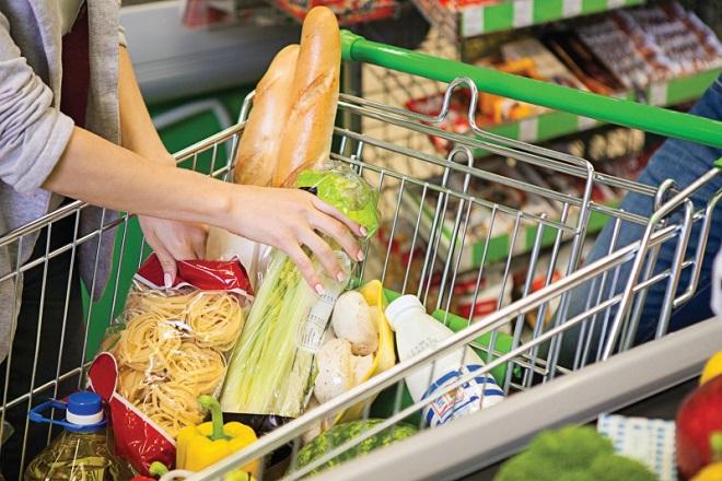 Προσφορές και εκπτώσεις αναζητάει ο Έλληνας στα σούπερ μάρκετ