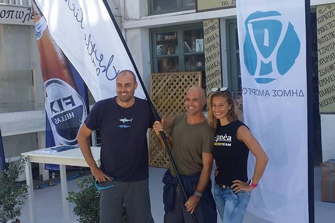 Lozano, Berger, Zharkova, welcome desk in Katapola