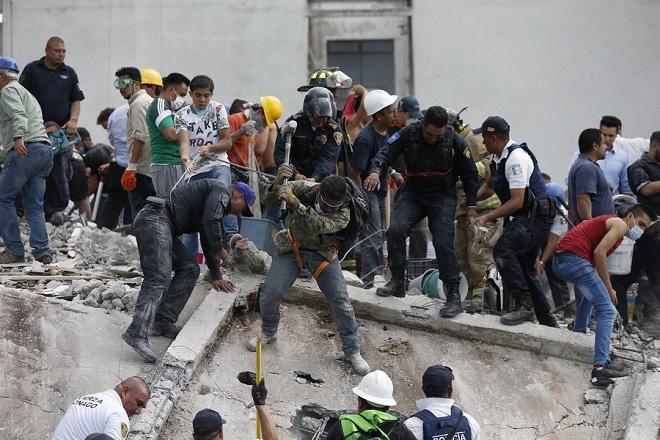 Εξασθενούν οι ελπίδες για επιζώντες στο Μεξικό – Στους 272 οι νεκροί