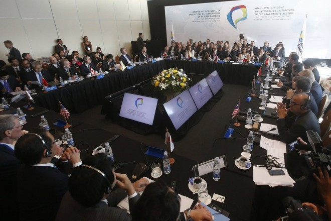 epa05849862 General view of participants attend a Ministerial Meeting in Vina del Mar, Chile, 15 March 2017. The high-level meeting of the countries signatory to the Trans-Pacific Economic Cooperation Agreement (TPP), also attended by China, was held to decide on the future of this treaty after the US decision to withdraw from it.  EPA/MARIO RUIZ