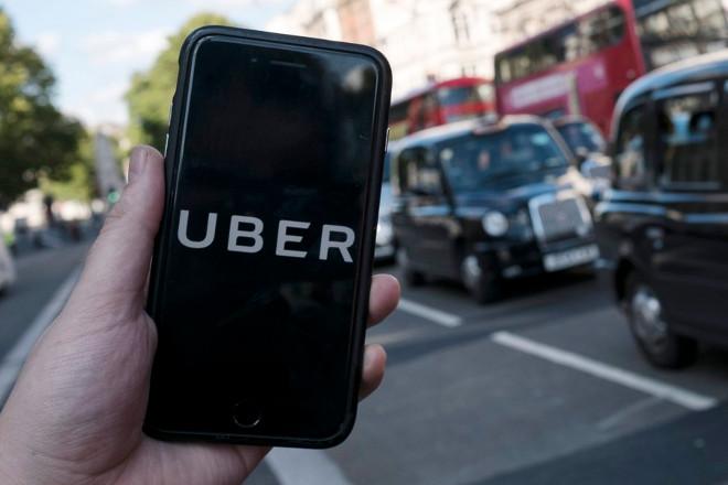 Περισσότερες από 600.000 υπογραφές για να παραμείνει η Uber στο Λονδίνο