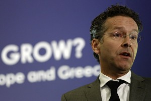 epa06226831 President of Eurogroup and Dutch Finance Minister, Jeroen Dijsselbloem, talks during The Economist conference 'How fast can we grow? Vital questions for America, Europe and Greece', in Athens, Greece, 25 September 2017. Eurogroup president Jeroen Dijsselbloem said it is 'feasible' for Greece's third program review to be completed before the end of 2017, during a joint press conference with Greek counterpart Euclid Tsakalotos in Athens. Dijsselbloem is in Athens on an one-day working visit.  EPA/YANNIS KOLESIDIS
