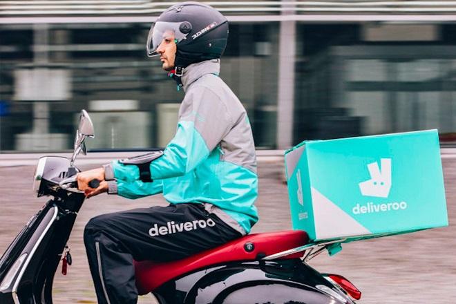 Amazon: Επένδυση τεραστίων διαστάσεων στην Deliveroo
