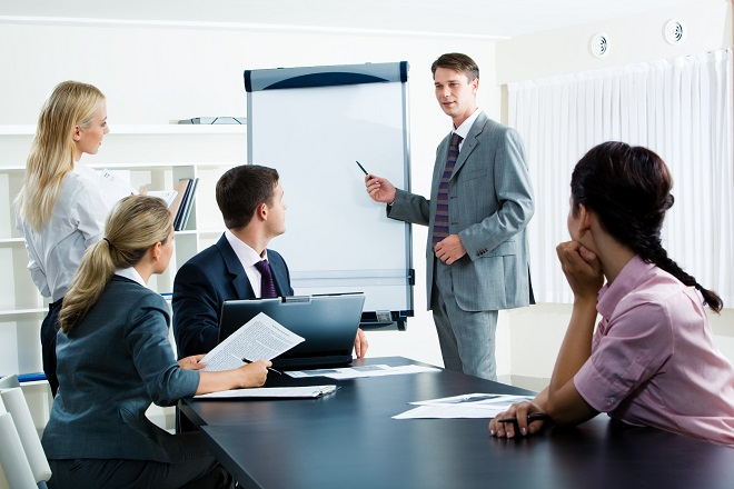 Πέντε συμβουλές για παραγωγικές και σύντομες συσκέψεις