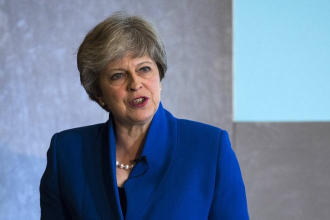 Brexit χωρίς συμφωνία με την ΕΕ βλέπουν οι επενδυτές – Πτώση για τη στερλίνα