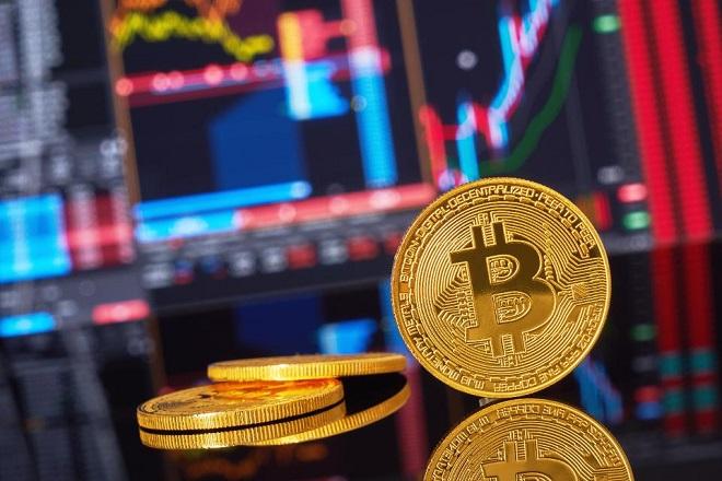 Ξέφρενο «ράλι» του Bitcoin- Η τιμή του σκαρφάλωσε στα 5.800 δολάρια