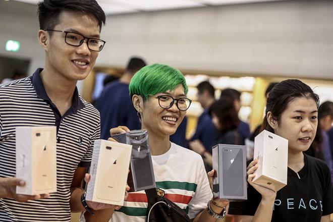 Κι όμως: Η Samsung «εύχεται» να πουληθούν όσα περισσότερα iPhone X γίνεται