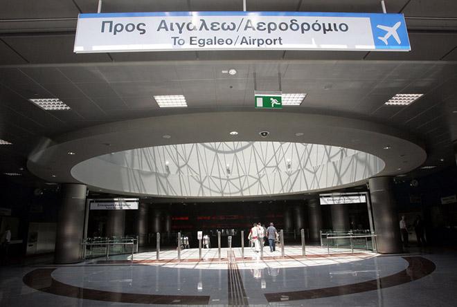 Σκηνικό «εμφυλίου» μεταξύ υπουργείου Μεταφορών και ΣΤΑΣΥ για το ηλεκτρονικό εισιτήριο
