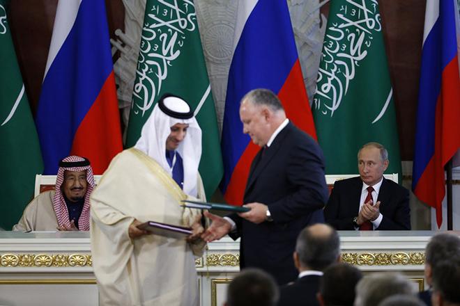 Η Σαουδική Αραβία αγοράζει ρωσικά όπλα