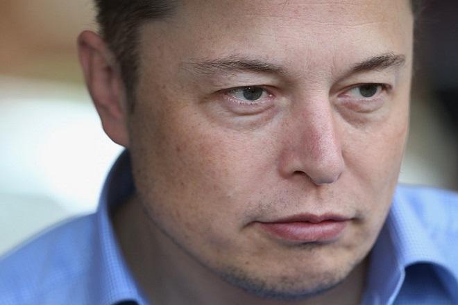 Ακλόνητος ο Έλον Μασκ παρά τις απώλειες- ρεκόρ της Tesla στο β' τρίμηνο του 2018