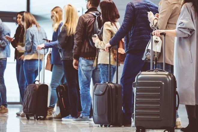 Ο κορωνοϊός μπορεί να προκαλέσει ζημιά ύψους 22 δισ. δολαρίων στον τουρισμό