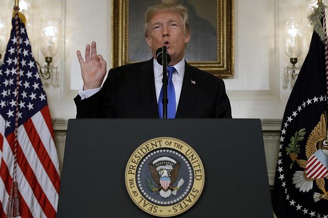 Παγκόσμιο χάος μετά την απόφαση Τραμπ για τα πυρηνικά του Ιράν